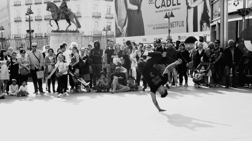 Crowd Blackandwhite Photography Blackandwhite Travel Madrid Outdoors Breakdance Dancing Around The World Black&white HipHop Street Life Street Art BBOY Bboying Dancer Dance Hipster People Around You