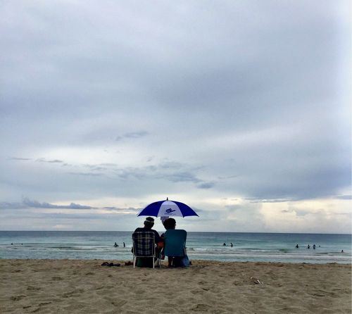 Beach Sky Couple Seats View Watch Sand Ocean Noon People Life Miami Wind Salt Water Umbrella Colors