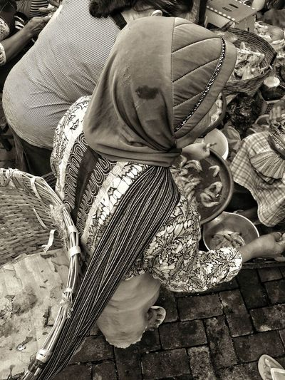Wong cilik Kuli Angkut Mbok Jualan Local Market Pasar Semarang Real People High Angle View One Person Lifestyles Day Leisure Activity Low Section Outdoors People Stories From The City This Is Aging