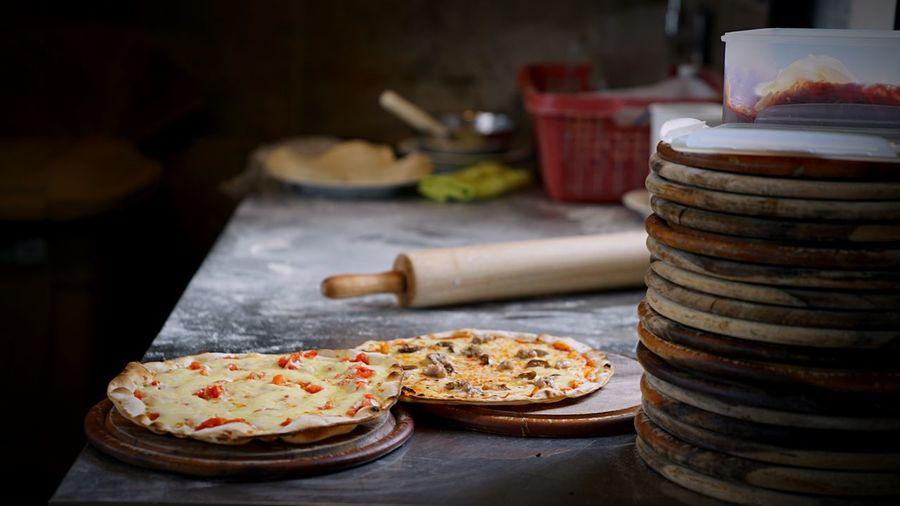 Pizzas Pizza Cook Pizza Time Pizza Food And Drink Food Sweet Food Table Indoors  Plate Focus On Foreground Freshness No People Indulgence Ready-to-eat Close-up Day