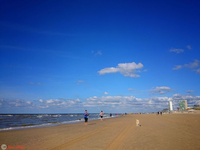 Sea Beach Blue Sky Sand Cloud - Sky Horizon Over Water Vacations Water Nature Summer Full Length Beauty In Nature Wave Relaxing Getting Inspired The Week Of Eyeem Fine Art Hello World Taking Photos Caught The Moment Streetphotography Outdoors Photograpghy  EyeEm The Best Shots Sunlight