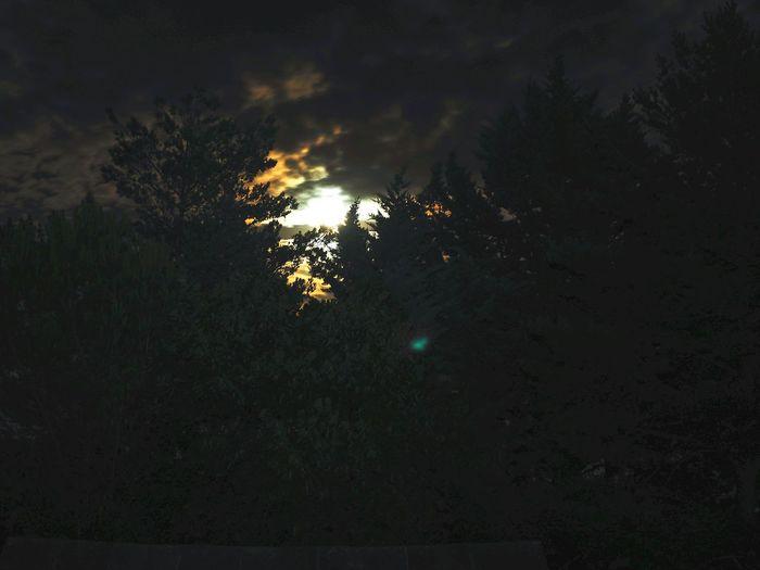 La Luna Nightphotography Relaxing Taking Photos Olympus OM-D E-M5 Mk.II Enjoying Life Relaxing Nubes