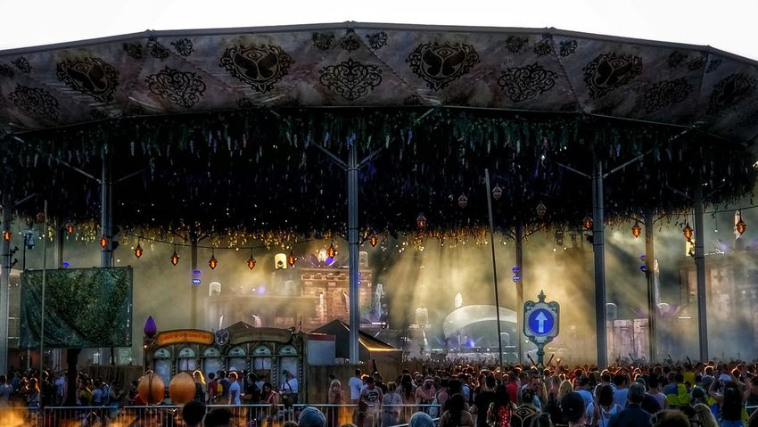 About last weekend Tomorrowland Popular Photos My Art, My Soul... Being Creative. Expressing Myself. Taking Photos EyeEm Best Shots Eyeem Belgium Oneplus5 I Love My Job! Showlights Amusement Park Music Concert Concert Stage Crowd Live Event Large Group Of People Stage Light Audience Festival Goer