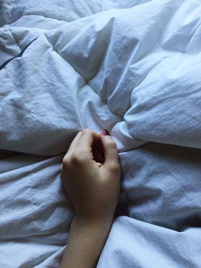 Bedroom Bed Relaxation Sleeping Goodmorning :) Thursday Blanket Hand Bedtime Sleep Littlegirl Love Cold Winter