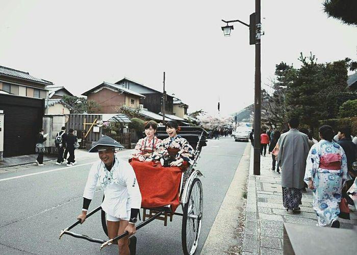 The Street Photographer - 2017 EyeEm Awards Arashiyama Bamboo Grove Kyoto Explorejapan Japantrip Japangirl Bokeh Photography Kimono Kimono Dress Day Outdoors People City Pedicab Nikon D750 Lens 20 Art Is Everywhere EyeEmNewHere The Great Outdoors - 2017 EyeEm Awards