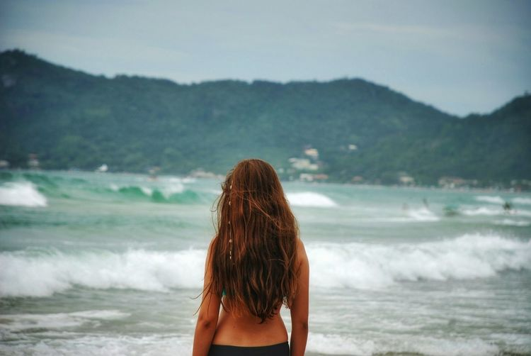 Eyem Nature Lovers  EyEmNewHere Brazil Brazil Natural Beauty EyeEm Selects Rear View Redhead One Person Women Beach One Woman Only Summer Water Human Back Young Adult Beauty People EyeEmNewHere