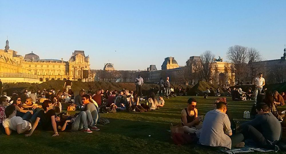 Grass Gardens Garden Large Group Of People Paris France Lovre Historical Building Architecture City Young Adult Togetherness Outdoors Adults Only People Street Photography Street Streetphotography The City Light