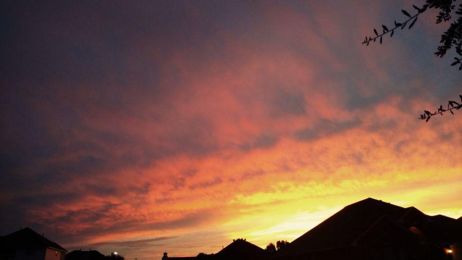 We Like Sunsets Theatricsky Afterthenews Iwentout Beautycures Lookingup Hopefortomorrow Drinkingthecolor