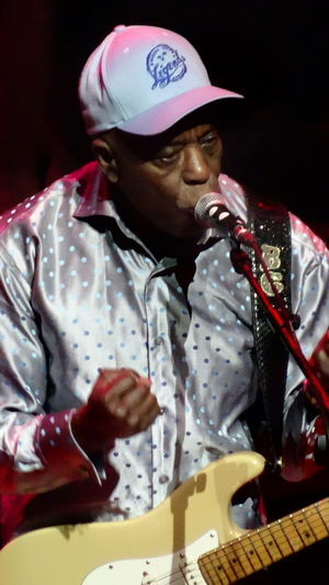 Blues Blues Legend Buddy Guy Chicago Blues Close-up Fender Amp Fender Stratocaster Influence Portrait RythmNblues
