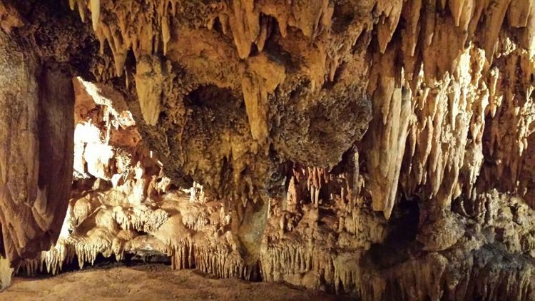 Luray Caverns.... natural beauty...cave Cave Textured  Stalactite  Rock - Object Pattern Rough Rock Formation Close-up