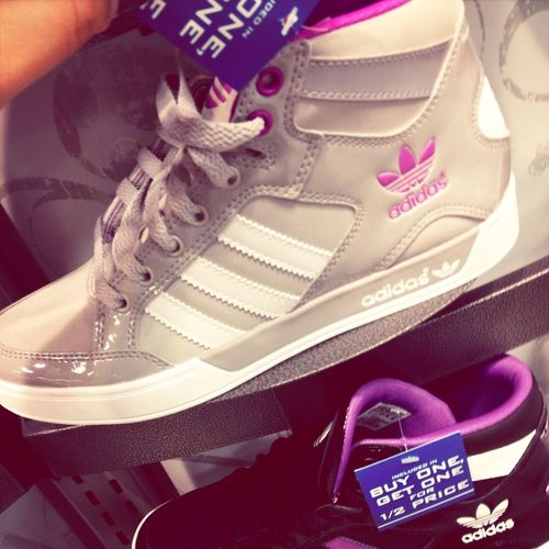 I want these..too lmfaoo #adidas #shopping #shoes