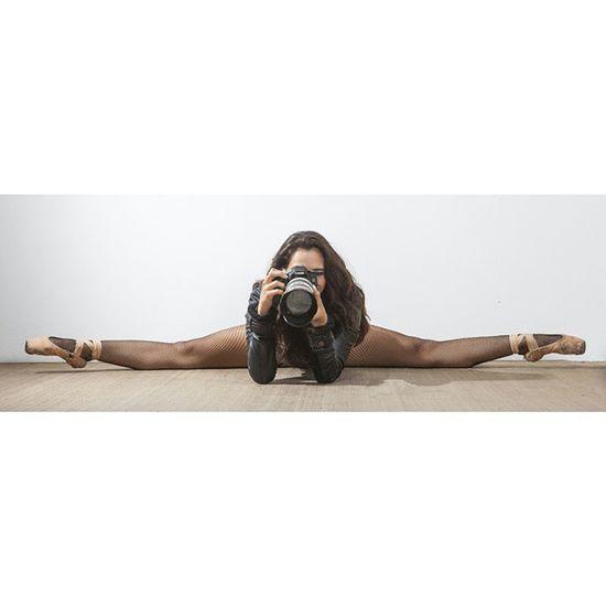 Squareinstapic 5dmarkll Mujer Modelo Bella Rocafotografia Sonrisa Fotografo Sesion Canon Arte Ballet Bailarina Lente Tdt Feliz