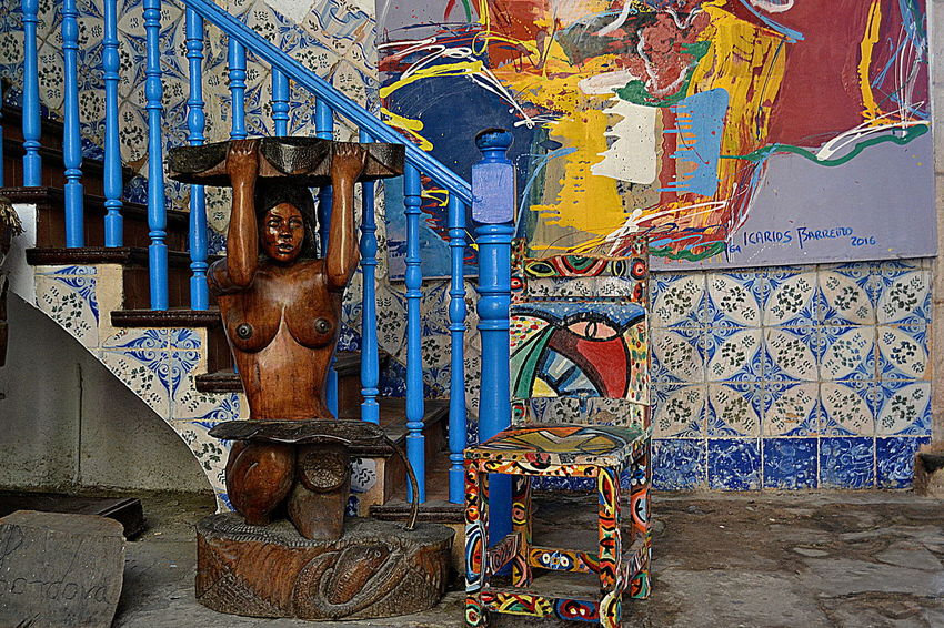 Art Art And Craft Creativity Cuba Culture Day Gilded Human Representation Market Multi Colored Mural Place Of Worship Religion Sculpture Spirituality Statue Street Art Temple - Building