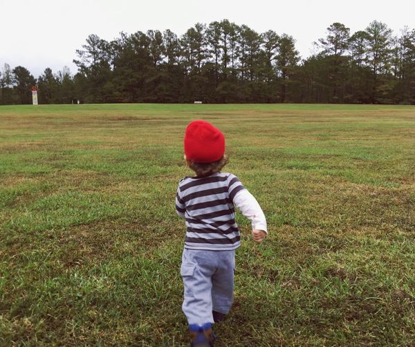 Lost In The Landscape Nature Kid EeyEmnewhere Kidsphotography Toddler  Second Acts Leisure Motion Portrait
