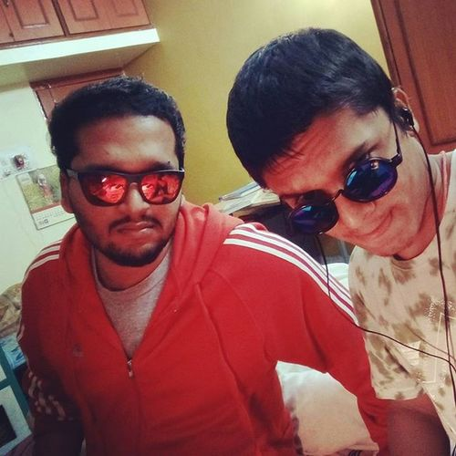 Instaclick Selfie BrotherLove Peace Shades Funn Dramaticposes Instacooll ...
