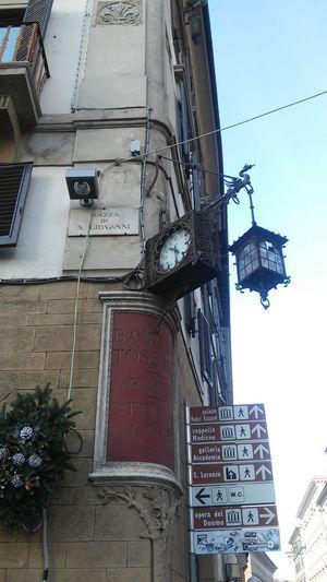 Angoli di strada che perdurano nel tempo 😉 ... Good Morning Time Good Times Buongiorno Tempo Firenze Florence Italy