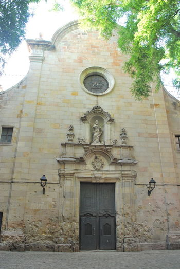 Architecture Barcelona Barcelona, Spain Building Exterior Built Structure Catalonia Catalunya Church Clock Day Low Angle View No People Outdoors Rose Window SPAIN Tree