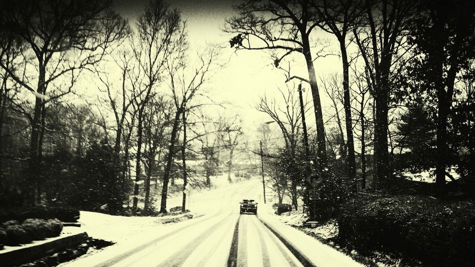 awesome snowy day today in DC.