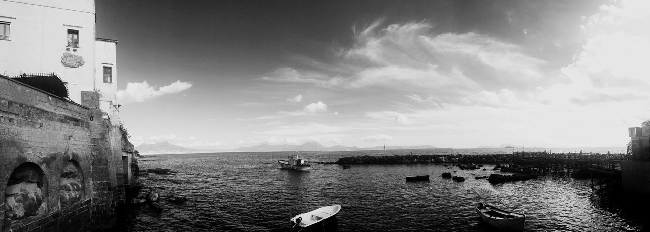 Sky Sea Italy Vesuvio La Finestrella MarechiaroNapoli Napoli EyeEm Best Shots EyeEm Point Of View Italy❤️ EyeEm Nature Lover Italia Panoramic View Places To Visit Place To Be  Travel Destinations Horizon Over Water Absolutelygorgeous Apointofview Comeinitaly Comewithme Landscape Blackandwhite Black & White