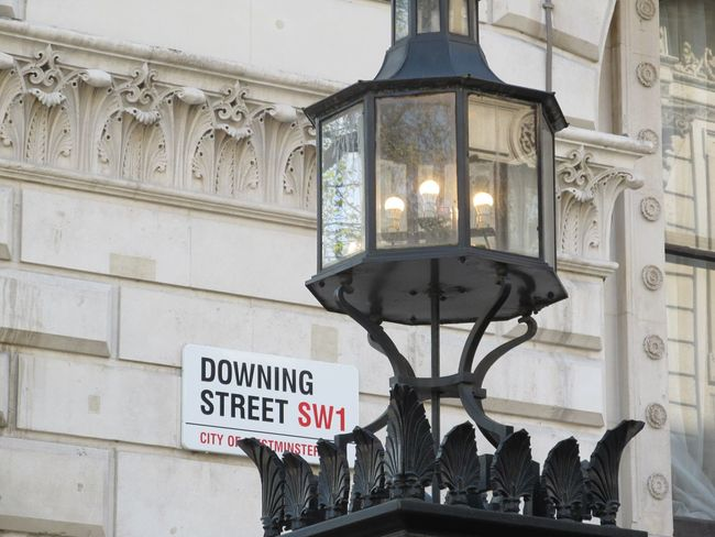 Premium Collection Premium Prime Minister Downing Street Lamp London Street Light City Travel Destinations City Gate Day Street Sign Sw1 Gate Architecture Prime Minister Street Signs Famous Place Street No Filter Premium