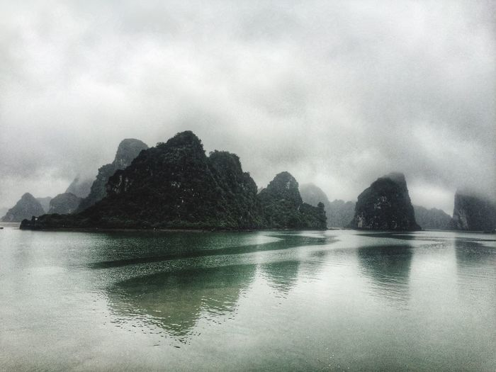 On The Bay Vietnam Beautiful Simplicity Travel Travel Destinations Outdoors Foggy Day Outdoor Photography Travel Photography Nature Photography Serene Halongbay Halong Bay Vietnam Water Beauty In Nature Reflection Water Reflections Reflection_collection Lovetotravel The KIOMI Collection