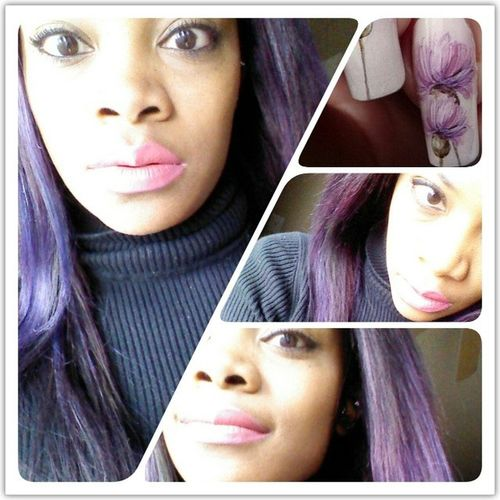In love with my Purplehair and Nails it's a Girlyday for me while hanging out in the streets