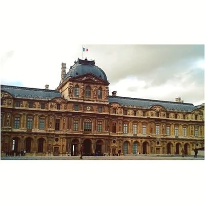 Around the Louvre museum. À cloudy time lapse in Paris 4/6 bonjour ☺ Instagoodvideo _vidstagram Louvre Icu_video Videoshoot Creativevideo Timelapse Sumaysiguevideo Igtube Ms_videos Wec_ig Iphoto_q8 Ig_artistry Ig_video Igersfrancevideo Eclectic_videos Insta_globalvideo Tribegram_video Videooftheday Videogramoftheday Global_views_videoshot Jj_video Clubsocial_video