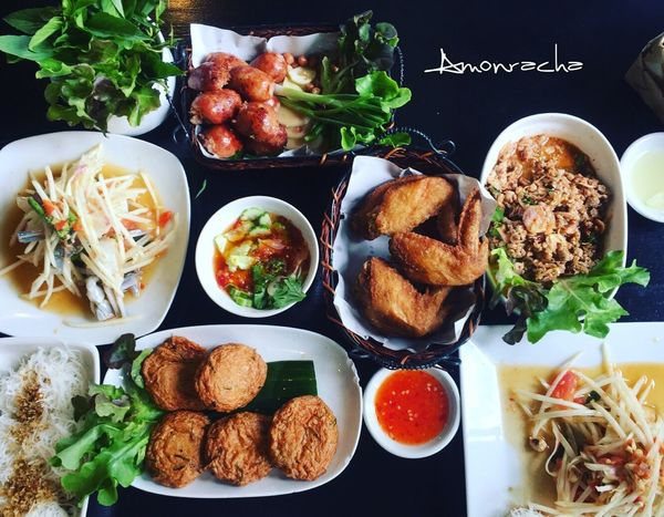 Let's enjoyed 😋 Food Thai Foods Hot And Spicy Spicy Food Papaya Salad Fish Cakes Yummy