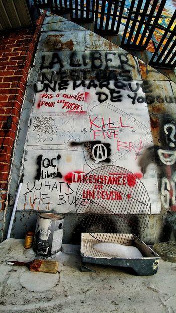 Text Communication Outdoors Day Warning No People Close-up Graffiti Graffitiporn Graffiti Wall Graffiti Art Graffiti & Streetart Resist Art Is Everywhere