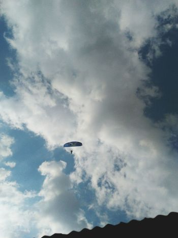 Flying Airplane Cloud - Sky Air Vehicle Airshow