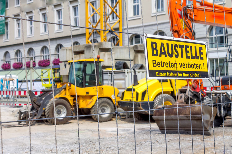 Construction Construction Site Construction Machinery Renovation Scaffolding Structural Work Working Cement Construction Industry Construction Vehicle Construction Work Day Daylight House House Building Immobile Immobilien New Build New Building  New Buildings New Buildings Meet Historical Buildings No People Vehicle Interior