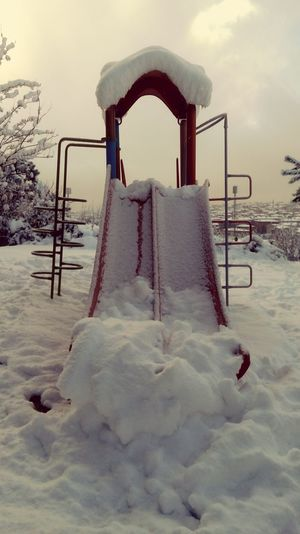 Hello World Hi! Its Cold Outside First Snow Snowing Snowy Days... Snow Day Snow ❄ Snowy First Eyeem Photo Snowwhite Snow❄ Snowday Snow Day ❄ Snow❄⛄ EyeEm Best Shots Wiew LG G4📱 Stylus My Best Photo 2015 The Week Of Eyeem Photography Popular Popular Photos Park