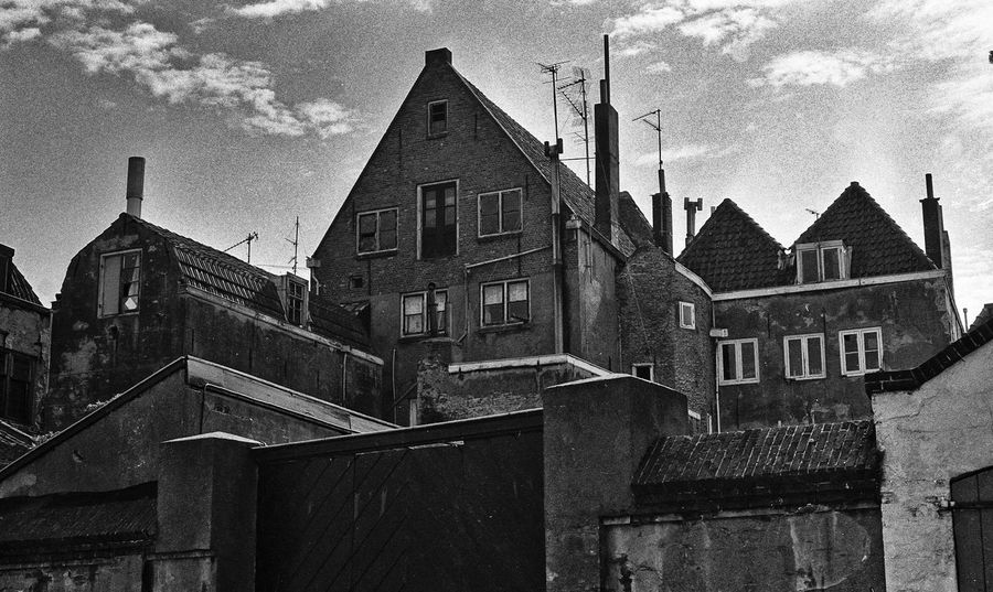 1976 Analogue Photography Overschie Rotterdam Sovjet Camera Zenit E Analog Photography B&w B&w Photography Building Built Structure City Cloud - Sky Low Angle View No People Old Outdoors Roof Streetphotography Town Urban Landscape Urbanphotography