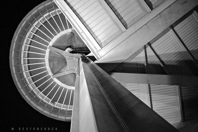 Blackandwhite Black And White Black & White Architecture Nightphotography Lookingup Photography Walking Around Camera Practice Testing Camera Taking Photos