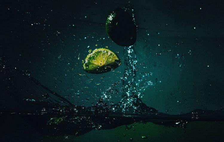 - NEED ACTION - Action Shot  Check This Out Freshness Fruit Fruitporn Lemon Speed Photography Splash Splashing Water
