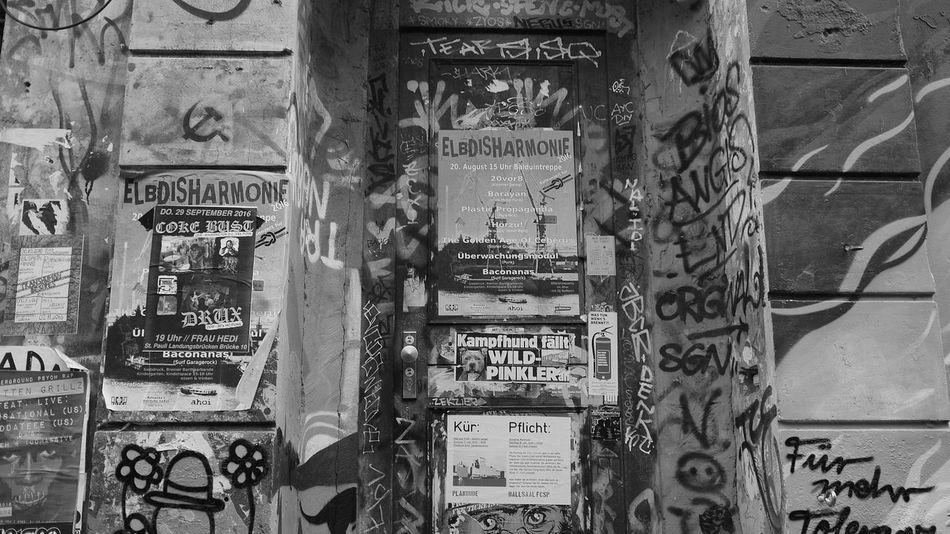the entrance Entrance Portal Architecture_collection City View  Architecture Built Structure No People Black And White Photography Eyem Best Shot Beliebte Fotos Our Best Pics Blackandwhite Photography Eyembestshots Autumn Collection