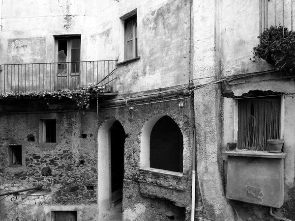 A glimpse of the historic center of Verbicaro with doors and windows Abandoned House Black & White Italia South Italy Architecture Black And White Black And White Photography Building Building Exterior Calabria Door Outdoors Verbicaro Window