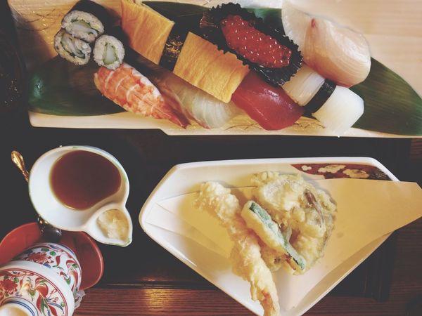 お父さんを騙し、寿司屋さんに行きました!有頂天過ぎてなぜか、写真逆さまー٩(๑˃̌ۿ˂̌๑)۶ ぅまかった