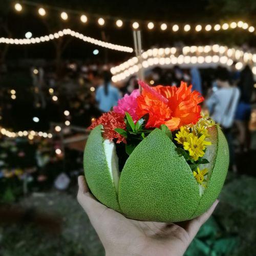 กระทงเปลือกส้มโอ Flower Loykratong Loykrathong Festival Loykratongfestival Loykrathong Krathong Thailand Festival