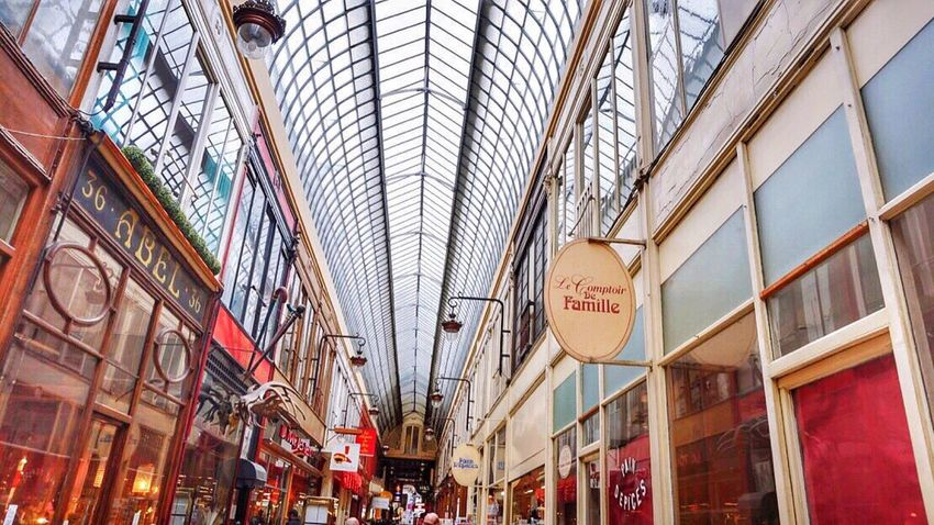 Architecture Built Structure Modern City Low Angle View Indoors  Travel Destinations Shopping Mall Day No People Sky Passage Couvert Paris Vacances Hollidays Coulor Of Life Perfect Moment Pastel
