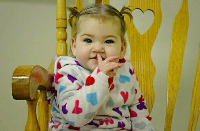 Littlecousin Littleprincess Shhhhhhhhhhh.... Portrait Moment