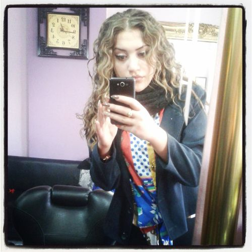 me getting my curls donne