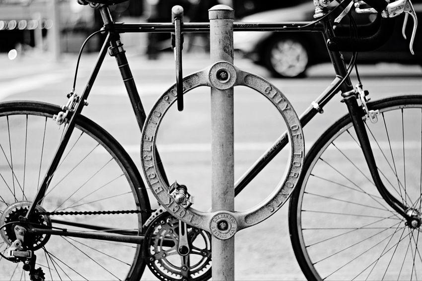 Up Close Street Photography Toronto 6ix Bike Blackandwhite Nikon D7100