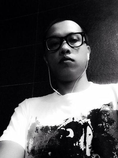 Rakista Personal Style Rockstar Hipster Selfie ✌