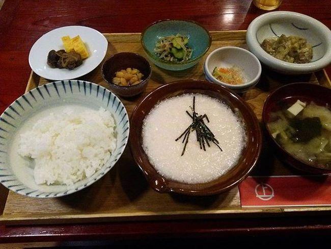 山口県 周南市 陶千矛 夕食 2階席 木 レトロ 昭和 山芋とろろ 定食 おいしかった おなかいっぱい 大満足