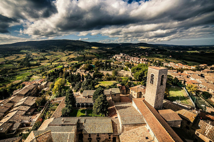 The view from a tower. San Gimignano, Italy. Aerial View City Outdoors Landscape Architecture Beauty In Nature Dramatic Sky EyeEm Best Shots Eye4photography  EyeEm Gallery Malephotographerofthemonth Landscape_Collection Landscape_photography Tuscany Italy San Gimignano Travel Photography Travel Tuscan Hills Exceptional Photographs Siena