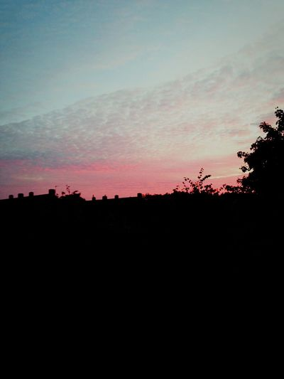 Sky was pink tonight! Kinda reminded me of Badlands by Halsey First Eyeem Photo