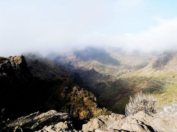 Mountain Fog Mountain Peak Nature Landscape Cloud - Sky No People Beauty In Nature Scenics Sky Outdoors Day EyeEm EyeEm Gallery Tranquil Scene EyeEmNewHere EyeEm Nature Lover Huawei P8 Lite Canarias Islands Rock - Object