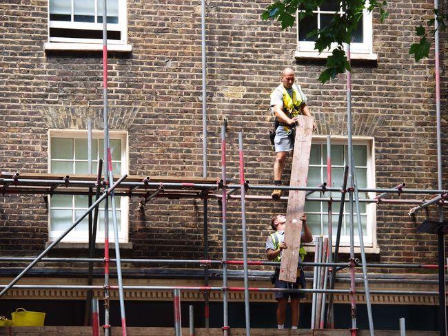Scaffolders. Shaftesbury Avenue. London. 12-07-2017 Stevesevilempire Street Photography Scaffolder, Workman, High Up, Zuiko London News Olympus Steve Merrick Builders Scaffolding Workmen Street