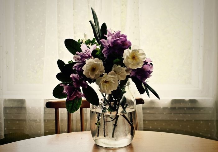 Beauty In Nature Bouquet Close-up Day Flower Flower Arrangement Flower Head Fragility Freshness Home Interior Indoors  Nature No People Old House Scandinavianliving Table Vase Vintage Style